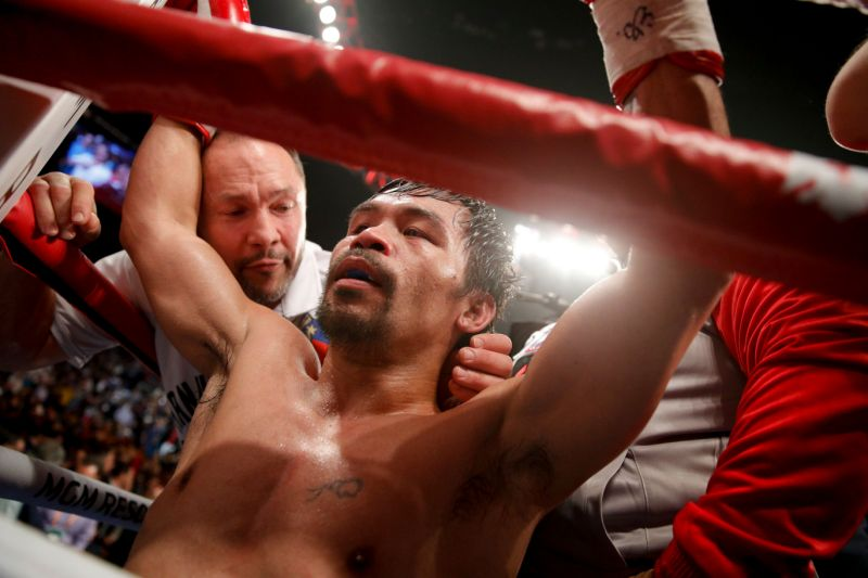 Manny Pacquiao tries to goad Floyd Mayweather
